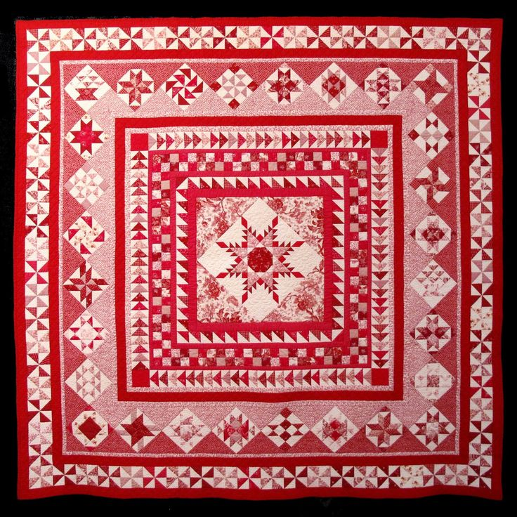 Red Rendition of Sue Garman's Washington Medallion quilt.  2014 Houston International Quilt Festival