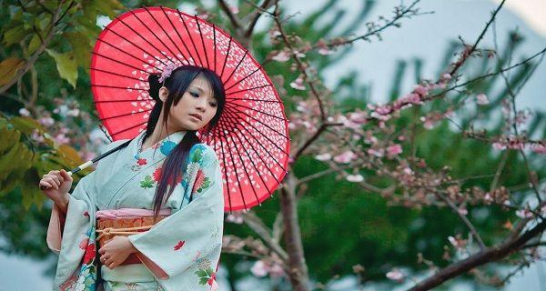 Η Ιαπωνική παραδοσιακή ιατρική συνιστά την κατανάλωση νερού αμέσως μετά το ξύπνημα ως μία από τις πιο σημαντικές για την υγεία συνήθειες. Οι επιστήμονες έχουν επιβεβαιώσει επισήμως την αποτελεσματικότητα αυτής της πρακτικής. Η ιαπωνική θεραπεία με νερό δίνει εξαιρετικά αποτελέσματα, ως φυσικό μέσο, στη θεραπεία της μηνιγγίτιδας, του διαβήτη, της γαστρίτιδας, των πονοκεφάλων, του άσθματος, …