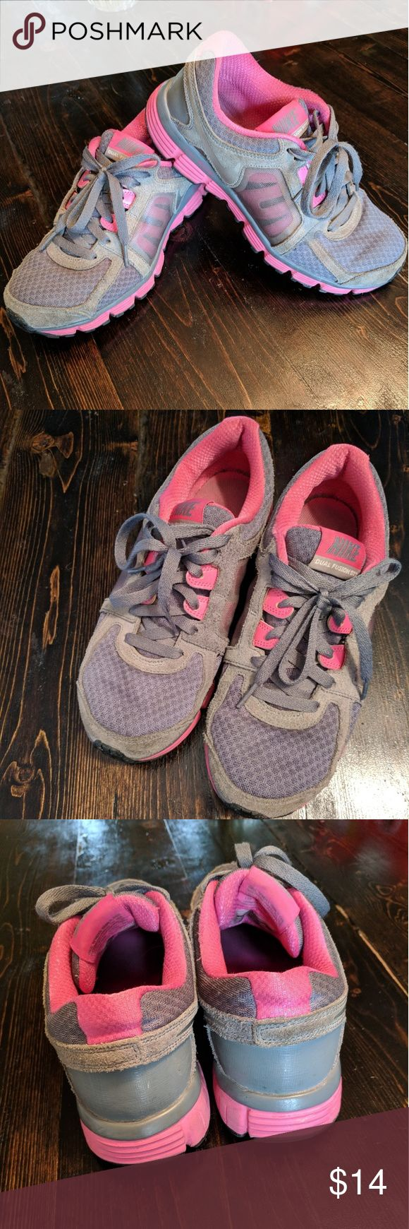 Nike Dual Fusion Shoes sz 8 pink gray Size 8  Pink and gray Worn mostly indoors. Great used condition. Lots of life left!! Nike Shoes Athletic Shoes