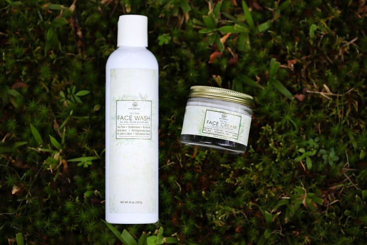 """🌿Happy customer using acne fighting Tea Tree system 🌿 """"Just wanted to say your product both cleanser and cream are excellent. They actually work. You see results in days and only gets better over months."""""""