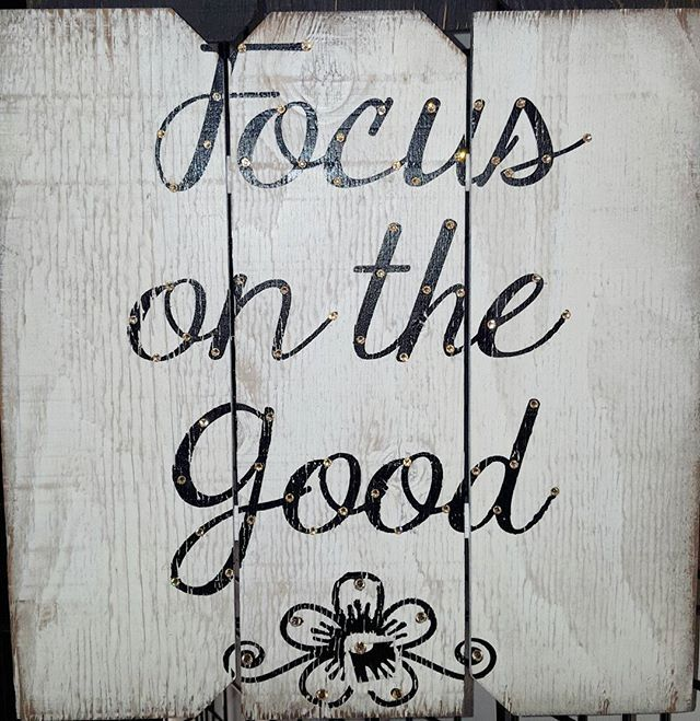 """Focus On The Good"" wood sign accented with Swarovski crystals  Call (909) 989-8558 to place and order  #art #artoftheday #instaart #swarovski #swarovskicrystals #woodsign #homedecor #christmasgiftideas #giftsforher #giftideas #potd #follow #f4f"