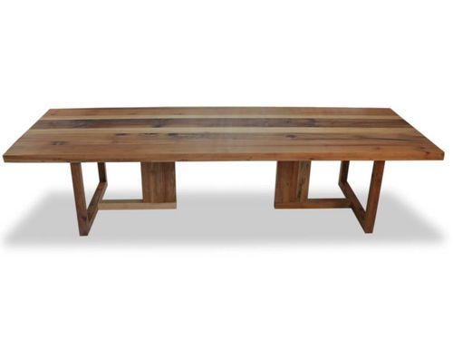 Tavolo da pranzo moderno in legno massiccio Solid Araucária Wood Dining Table Rotsen Furniture