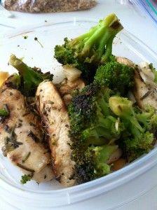 Rosemary lemon chicken & sautéed broccoli