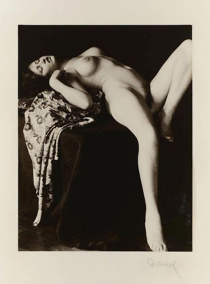 Photo by František Drtikol, 1920