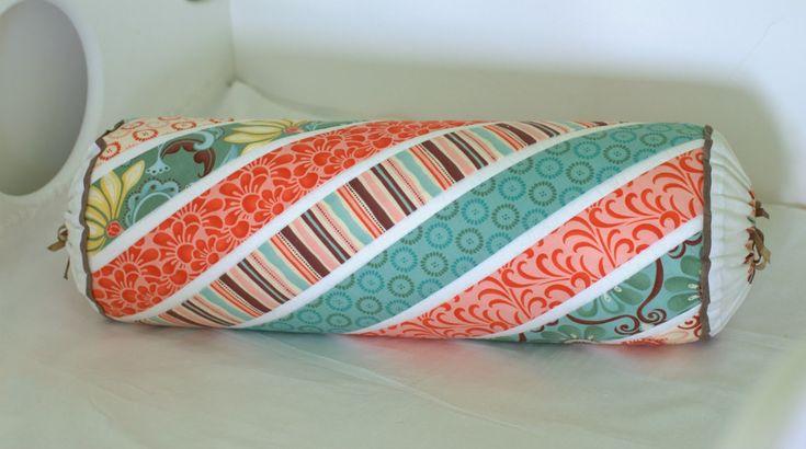 Подушка-валик Леденец