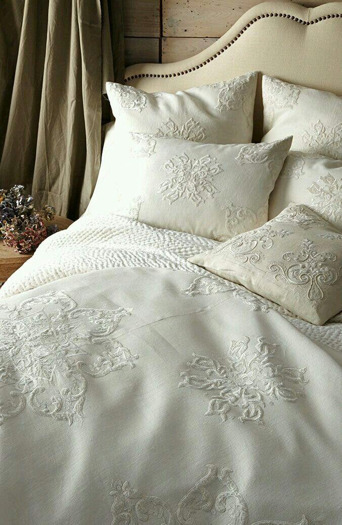 ❧ Beau linge blanc, ivoire ❧