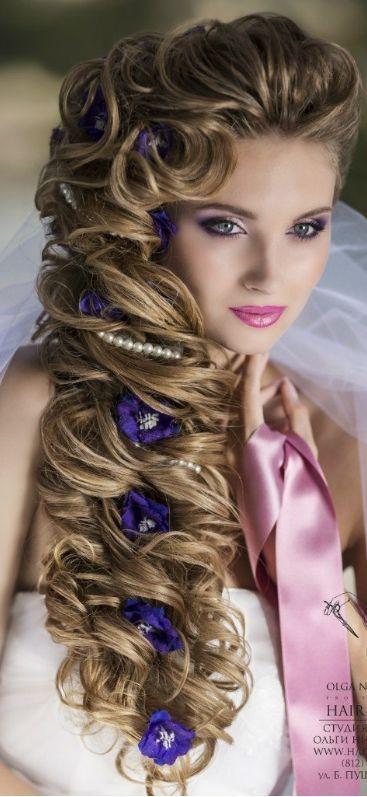 ♥ flowers in her hair