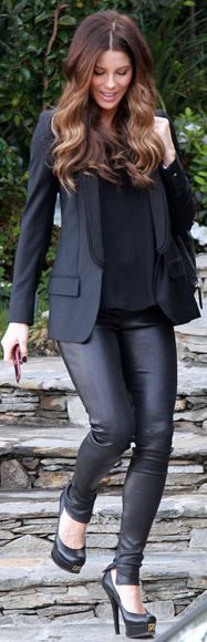 Love this all black look: Fashion, To Katebeckinsal, All Black, Kate Beckinsale, Street Style, Outfit, Leather Pants, Hair Color