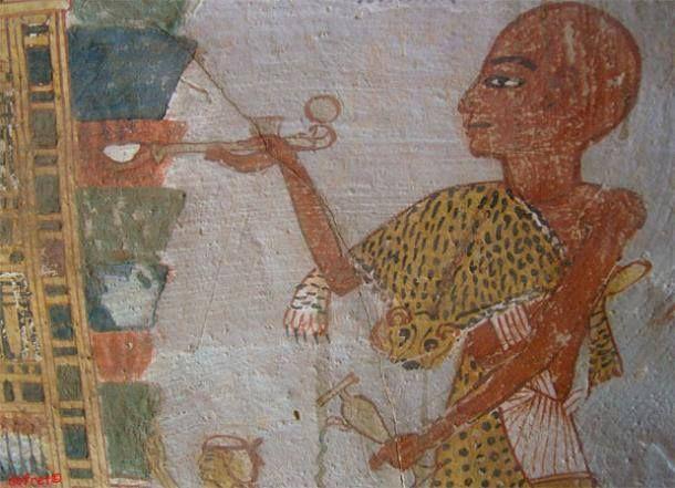 Oι αρχαίοι Αιγύπτιοι ήταν γνωστοί για τις τεχνικές καλλωπισμού που διέθεταν,4000 χρόνια πριν, φτάνοντας ακόμη στο σημείο υπερβολής, ν΄αποζητούν λευκότερα δόντια.