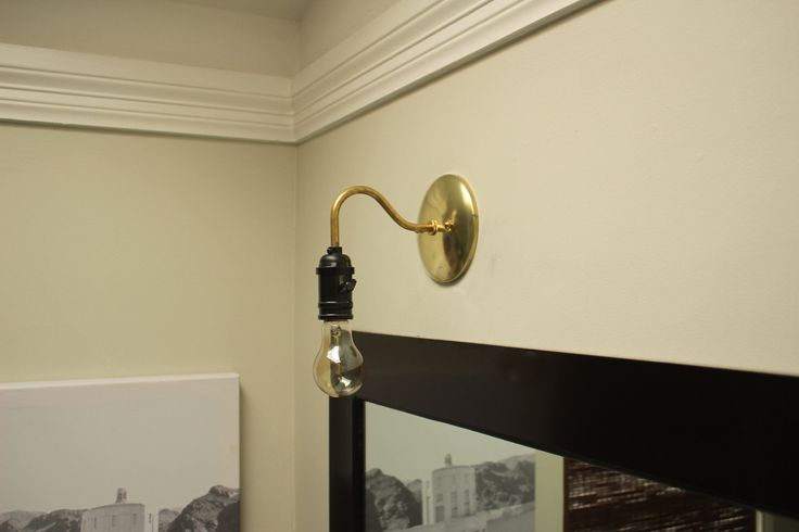 1000+ ideas about Plug In Vanity Lights on Pinterest Plug in chandelier, Plug in wall sconce ...