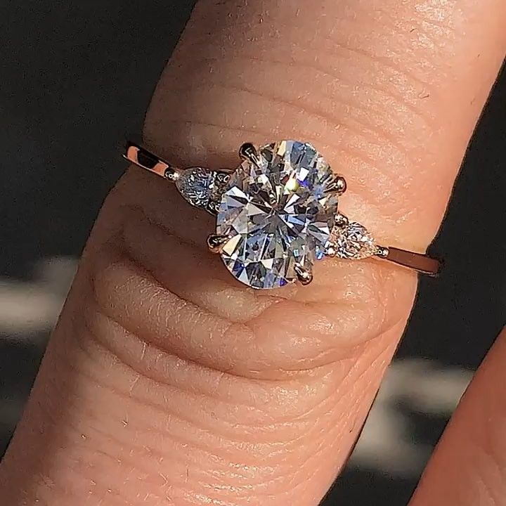 1 5ct Oval Moissanite With Diamond Pear Sides Vintage Engagement Rings Stone Engagement Rings Rose Engagement Ring
