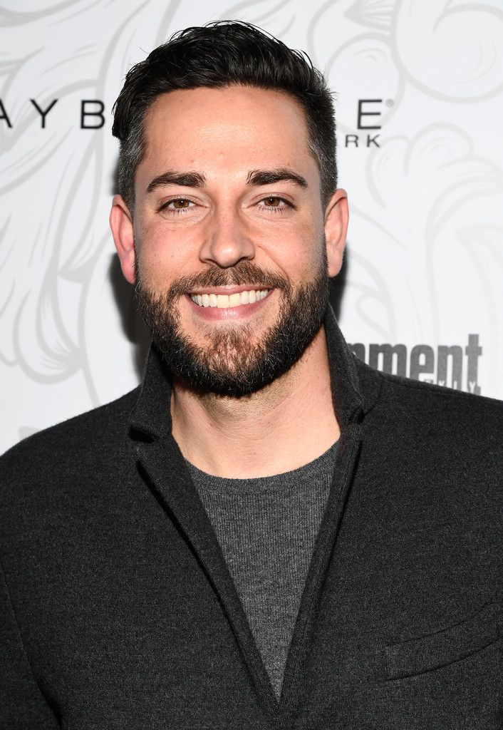 Zac at the EW SAG Awards Party on January 28, 2017 #zacharylevi