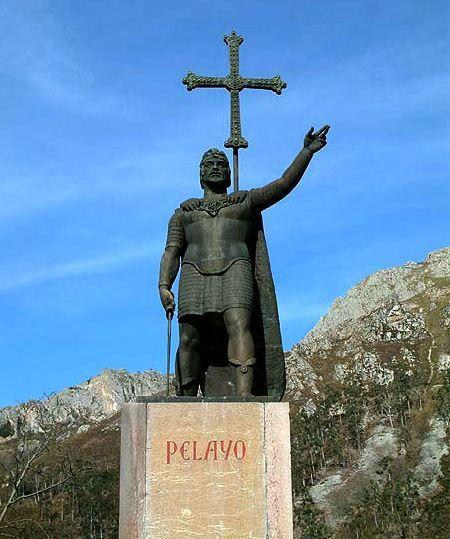 Estátua do rei Don Pelayo, em Covadonga, Astúrias, Espanha.  - Wikipedia, the free encyclopedia.