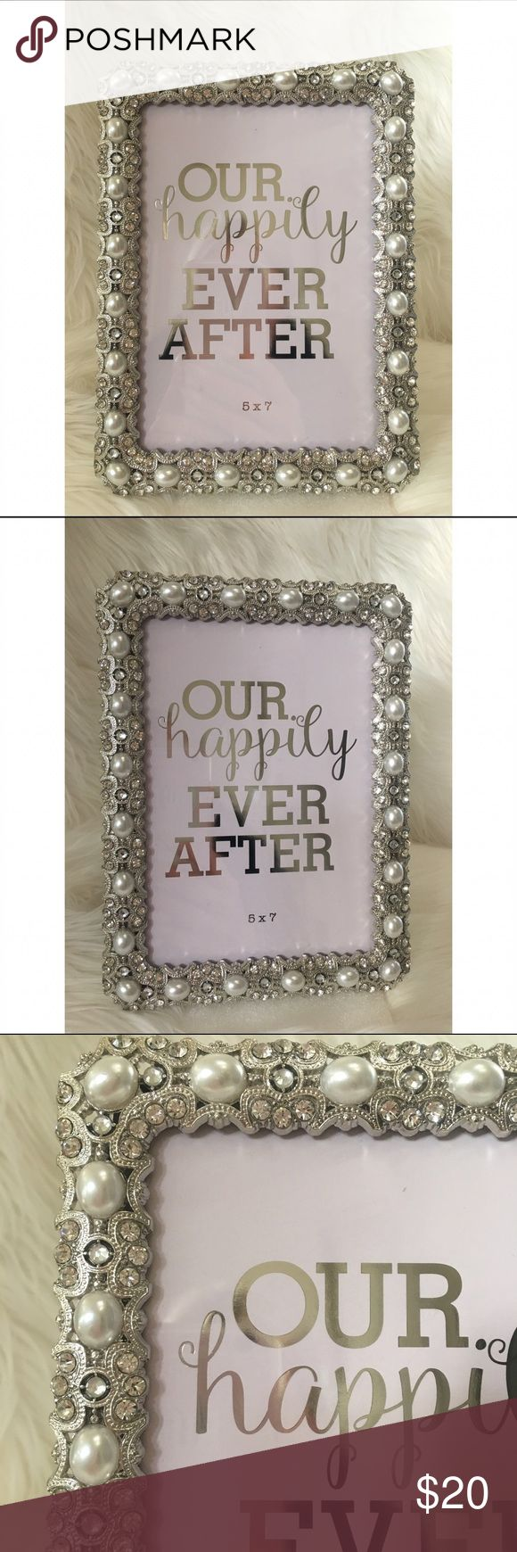 Silver crystal pearl wedding photo frame 5x7 Silver crystal metal pearl encrusted 5x7 wedding bridal photo frame ✨ can be tabletop or wall mount ✨ black velvet back ✨ gorgeous ! Windsor Accessories