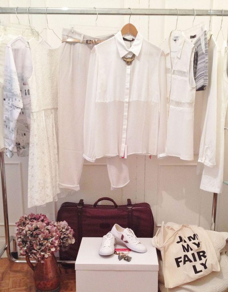 Collection blanche.   #White #Look #Showroom #MyPersonalCloset #Clothes #Paris #France #Flowers #Jewelry #Bracelet #Robe #Chemisier #Fleurs #Veja #Sneakers #White #Blanc #Dentelles #Malle
