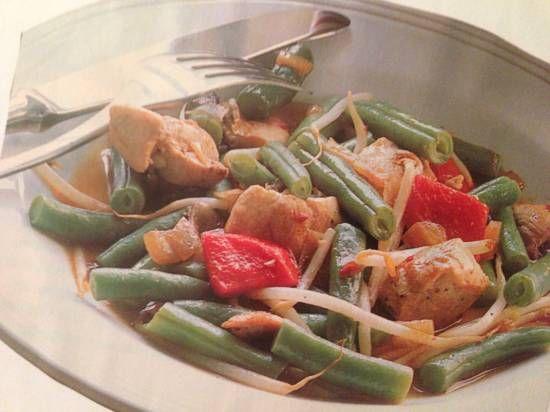 Wok kip sperziebonen sambal ui recepten | Smulweb.nl