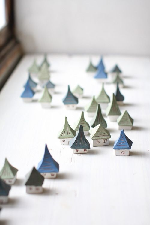 Saotome Hiroshi pottery houses.These are wonderful!