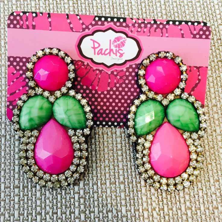 #Shop our unique jewelry at pachisdesigns.com, we ship worldwide 📦🛍💎💖 💋 #girly #shopsy #shopping #accessories #jewelry #hijabfashion #earrings #onlineboutique #handmade #aretes #pantallas #beautiful #fashionista #accesorios #miami #pachisdesigns #wholesaleaccesories whatsapp +1.786.210.8963 .