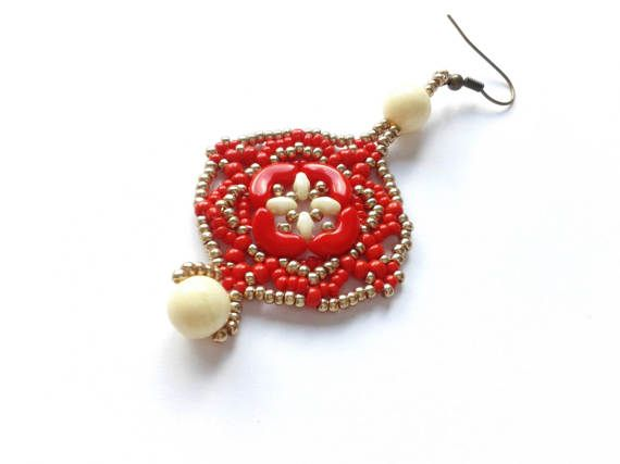 beadwoven red earrings red arcos earrings handmade red by tizianat