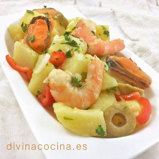 Patatas aliñadas con langostinos < Divina Cocina