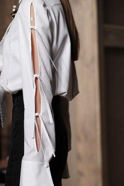 Valentino - Autumn/Winter 2016-17 Couture - Paris (Vogue.co.uk)