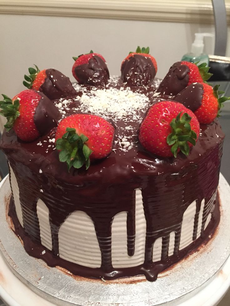 Chocolate Cake with Vanilla Meringue Frosting