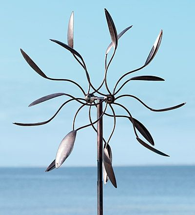 Dancing Leaves Iron Wind Spinner