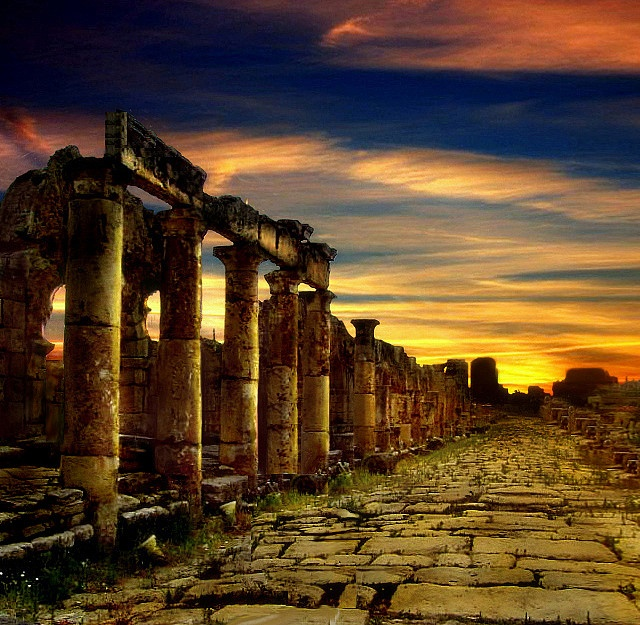 Tyre | Located on the southern coast of Lebanon, 83 km south of Beirut, the antique town of Tyre was the great Phoenician city that reigned over the seas and founded prosperous colonies such as Cadiz and Carthage and according to legend, was the place of the discovery of purple pigment.