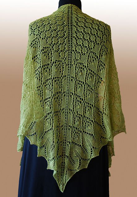 Bella Botanica Shawl pattern for all levels of lace knitters - by Karen Strauss free pattern