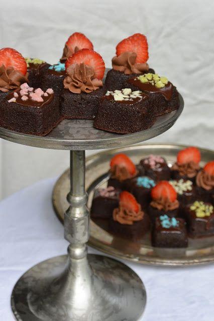 Celebration Treats 4U: Brownie Bites ja kirsikka browniet