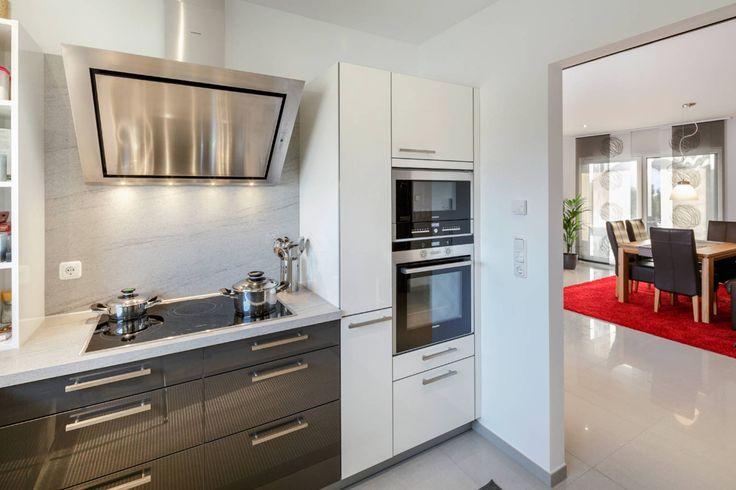 Der klassische Winkelbungalow überzeugt durch klassische Formen - vito küchen nobilia