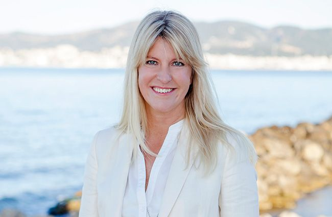 This is the boss and business owner Carin Isgård. Carin founded the company in 2008. She also actively works as a real estate agent. Read more about Carin on our website.