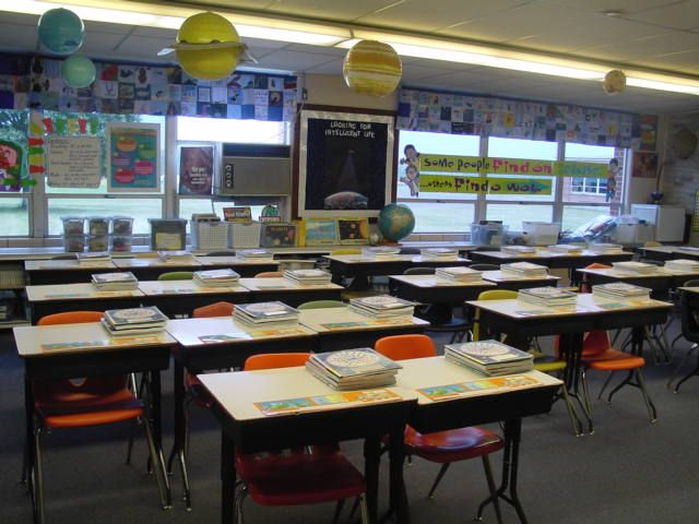 Classroom Decor For Grade 5 ~ Best images about classroom decorations themes and