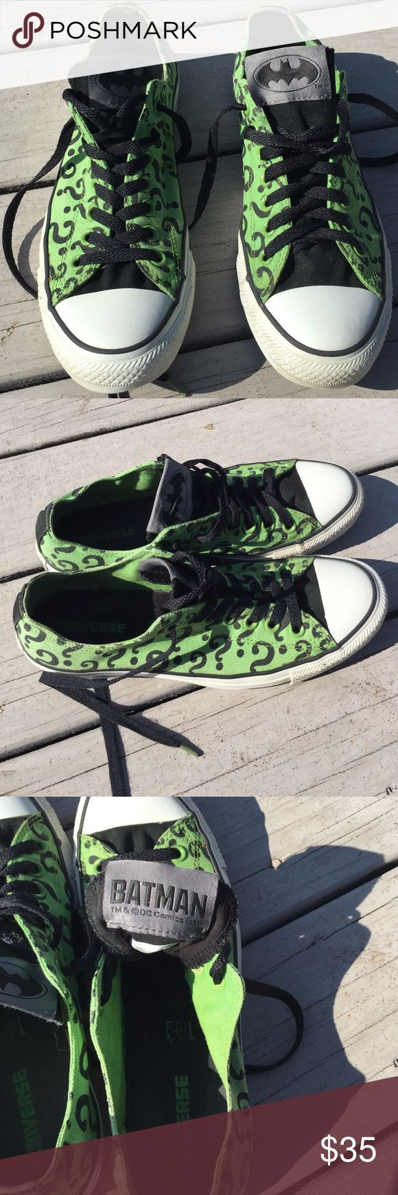 """Converse Batman Series""""Joker"""" 8 .5 Sneakers Converse Batman Series """"Joker"""" Sneakers , size 8.5, Lace up, Black Question Marks on Green,pictures are part of the description. Converse Shoes Sneakers"""