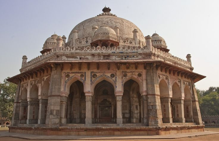 https://s-media-cache-ak0.pinimg.com/736x/26/10/87/2610874a6ee1cd7ab0caee725c3237a7--north-india-indian-architecture.jpg
