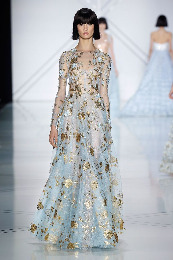 Ralph & Russo Spring 2017 Couture Fashion Show