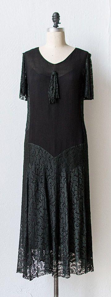 vintage 1920s dress | THE MOOR'S LAST SIGH dress | #1920s #vintage