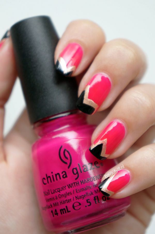 DIY Nail Art | Pink, Gold & Black Aquazzura ~ Beautyill | Beautyblog met nail art, nagellak, make-up reviews en meer!