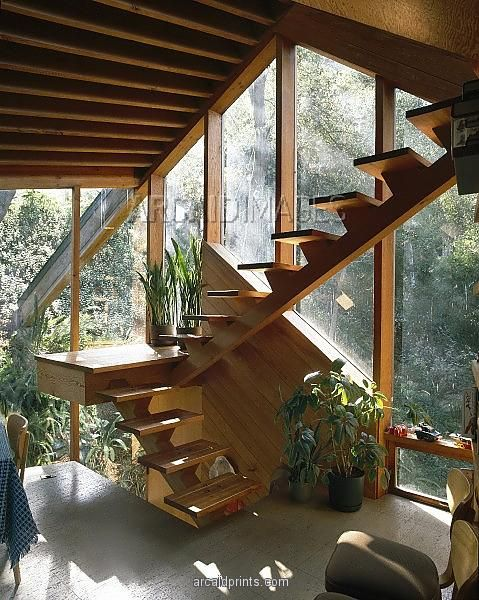 Walstrom House, Los Angeles, 1969. Stairs in dining area. Architect: John Lautner.  Absolutely stunning!!!