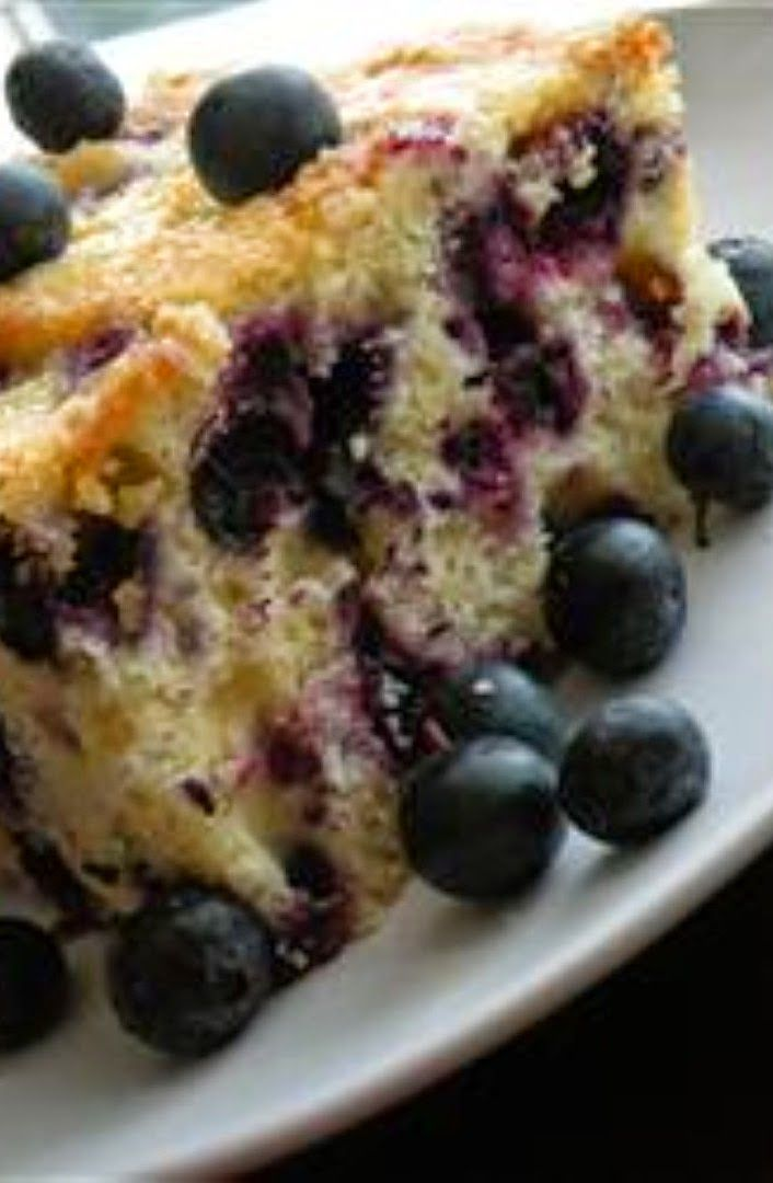 Melt In Your Mouth Blueberry Cake |  It is a great cake to take along to a picnic.