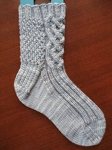 Knitting Pattern For Kilt Socks : 1000+ images about Kilt Hose and Cable Knitting Patterns on Pinterest Cable...