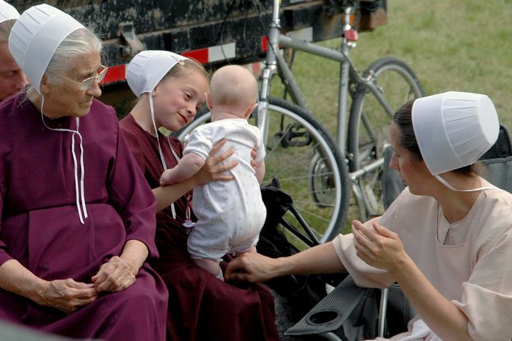 amish women | 10June26_FiremansPicnic_Amish+Women.jpg