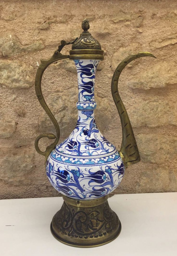 IZNIK+CERAMIC+EWER,+45+cm,+WHITE+AND+BLUE