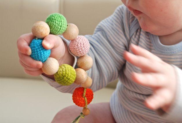 Holzspielzeug - Griefling. Zahnring. Zahner. Spielzeug für Babys - ein Designerstück von nihama bei DaWanda
