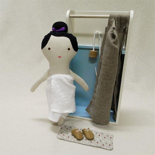 doll with showert bath / Břichopas toys