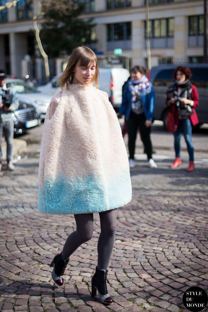 #AnyaZiourova & her Vika Gazinskaya cape in Paris.