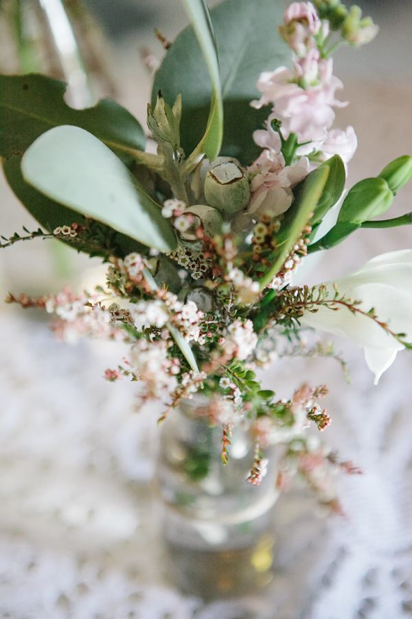 love this arrangement from Clementine Posy // photo by Luisa Brimble