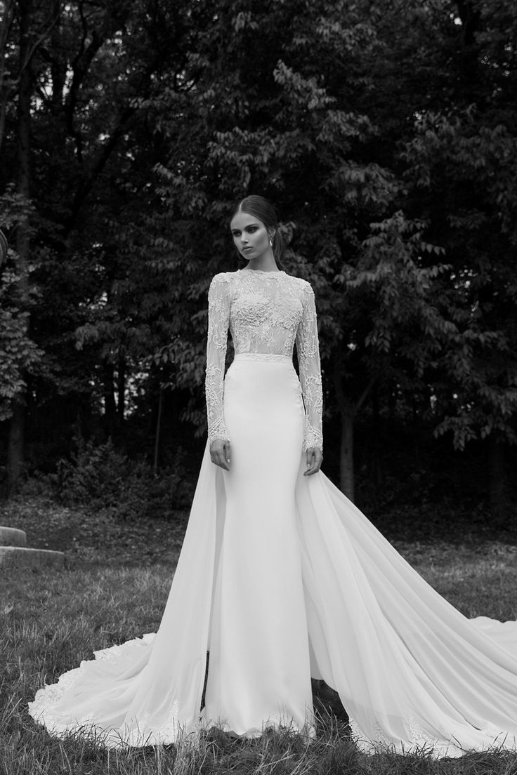 Avant-Garde Formal Modest Vintage Ivory White $$$$$ - $5001 and up Beading Berta Fit-n-Flare Floor Illusion Sleeves Illusion Lace Long Sleeve Mermaid/Trumpet Wedding Dresses Photos & Pictures - WeddingWire.com