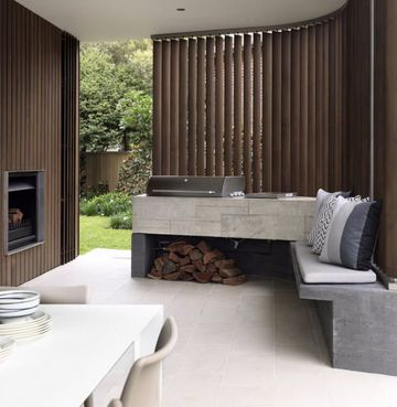 Design barbecue in the half-opened patio | More photos http://petitlien.fr/terrassedesign