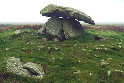 Chun Quoit and Botallack from Carnyorth - Cornwall AONB Cornwall - Walk 1028- a walk description from Walking Britain
